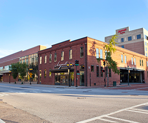 Commercial Real Estate Sherman & Hemstreet | Sherman and Hemstreet